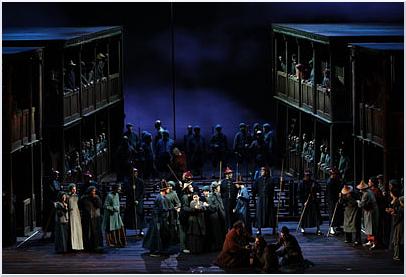 Turandot (Atto I - photo: Marco Brescia & Rudy Amisano - teatroallascala.org)