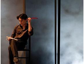 Fausto Paravidino ne Il diario di Maria Pia (photo: teatrofrancoparenti.it)