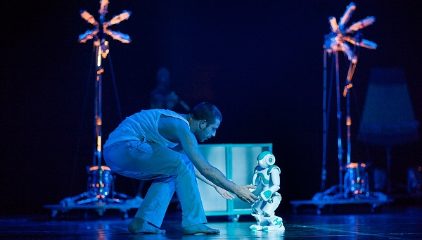 Blanca Li presenta Robot