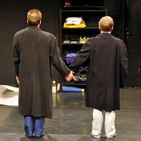 Diverse differenze di Pilkentafel Theater