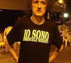 Anche Antonio Rezza con la t-shirt di Emanuele Miriati