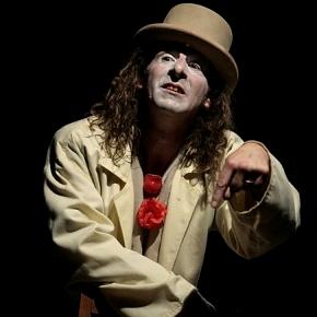 Antonio Tassinari in Il pagliaccio degli schiaffi