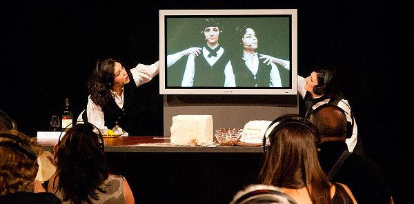 Il pasto dei Cantieri Teatrali Koreja