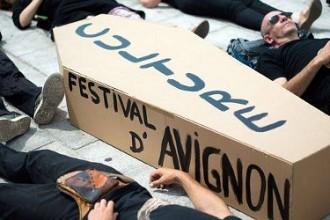 Le proteste dei lavoratori dello spettacolo francese