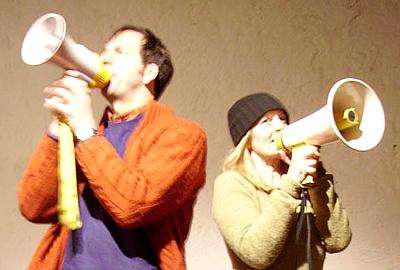 Gli Insulti al pubblico di Deflorian e Girotto (photo: shorttheatre.org)