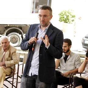 Luca Ricci durante un incontro di Visionari, Fiancheggiatori e compagnie nell'ultimo Kilowatt (photo: Luca Del Pia)