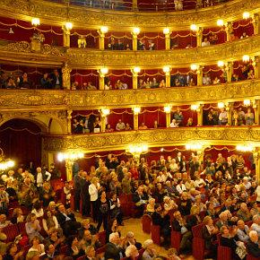 Il Teatro Carignano di Torino (photo: Bruna Biamino)