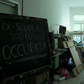 La ex scuola Ugo Foscolo occupata venerdì mattina