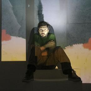 Claudio Santamaria in Gospodin (photo: Teatro Stabile Torino)