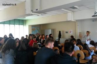 Un altro progetto a scuola: il nostro Youngest Critics for Dance nelle scuole superiori torinesi (photo: Klp)