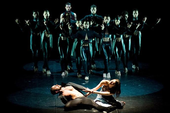 Compagnia Artemis Danza/Monica Casadei in Tosca X