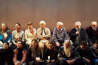 Al centro Eugenio Barba e Ariane Mnouchkine, a Parigi l'8 marzo scorso (photo: Davide Sannia)