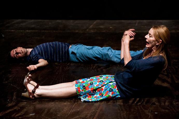Daria Deflorian e Antonio Tagliarini (photo: Silvia Gelli)