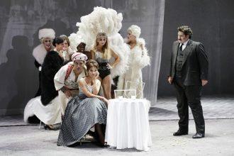 In primo piano Schrott, Peretyatko e Alaimo (photo: rossinioperafestival.it)