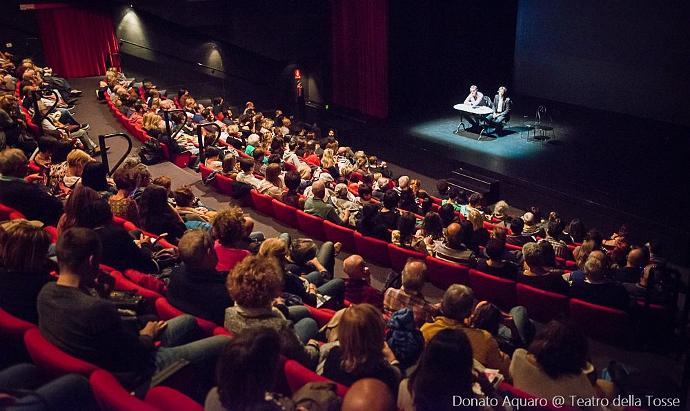 La presentazione alla Tosse dei prossimi tre mesi di spettacoli (photo: Donato Aquaro)