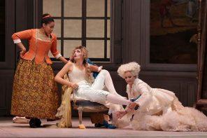 Le nozze di Figaro sopra le righe di Wake-Walker