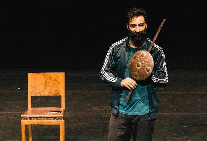 Dopo il passaggio a Torino, Sharaf Dar Zaid è arrivato a Inequilibrio nell'ambito del Focus sui giovani coreografi arabi.