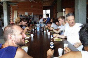 Maurizio Sguotti pranza insieme al team di Terreni Creativi