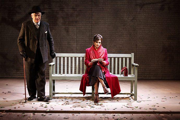 Marinoni e Dix (photo: teatrofrancoparenti.it)