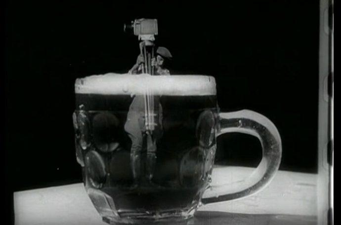 L'uomo con la macchina da presa, Vertov, 1929