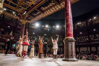 As You Like It al Shakespeare's Globe (photo: Tristram Kenton)