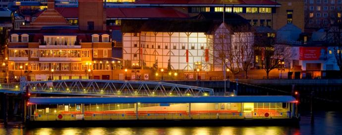 Una veduta del teatro dal Tamigi (photo: shakespearesglobe.com)