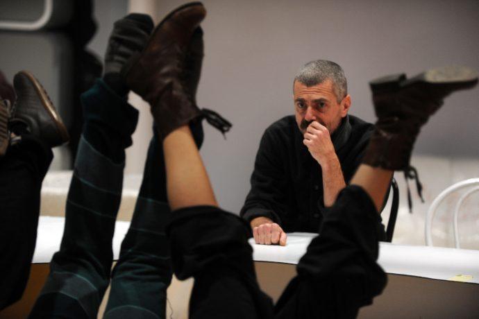 Roberto Castello in un momento di prove (photo: Roby Schirer)