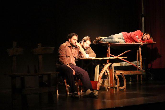 Controcanto Collettivo sul palco dell'istituto Avogadro (photo: Carolina Khoury)