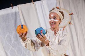 Lo spettacolo Chi sei? di Bruna Pellegrini e Adriana Zamboni