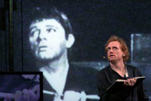Scott Shepherd in Hamlet (photo: Paula Court)