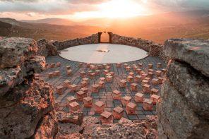 Teatro Andromeda: l'arte di Lorenzo Reina nel cuore della Sicilia